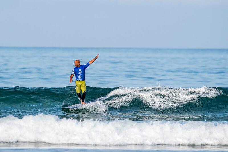 surfer longboarder Rodrigo Sphaier
